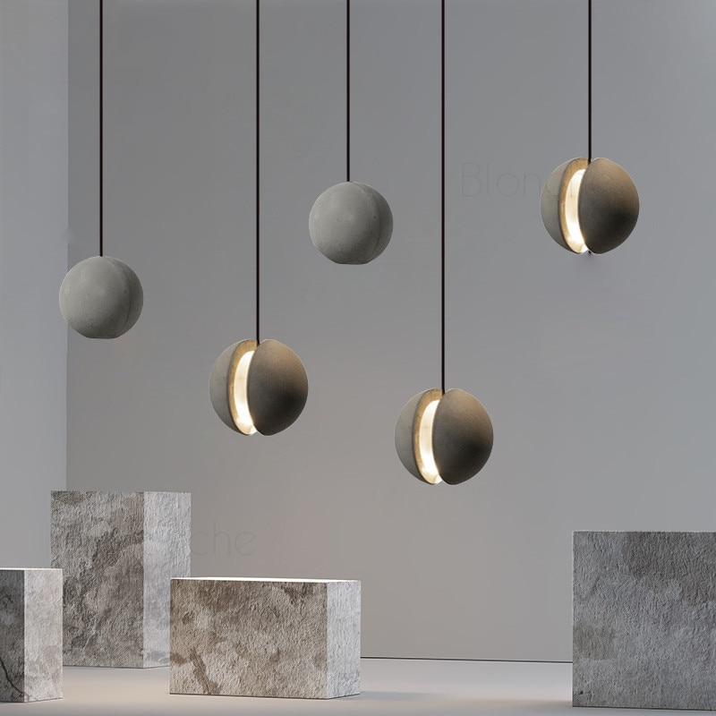 مصباح معلق LED مع كرة أسمنتية ، تصميم حديث قديم ، إضاءة زخرفية داخلية ، مثالي للدور العلوي أو غرفة المعيشة أو المطبخ.