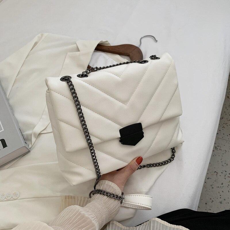 V-line Crossbody Bag for Women 2021 Fashion Large-Capacity  Female Shoulder Bag Retro Female Handbags and Purses with Tote