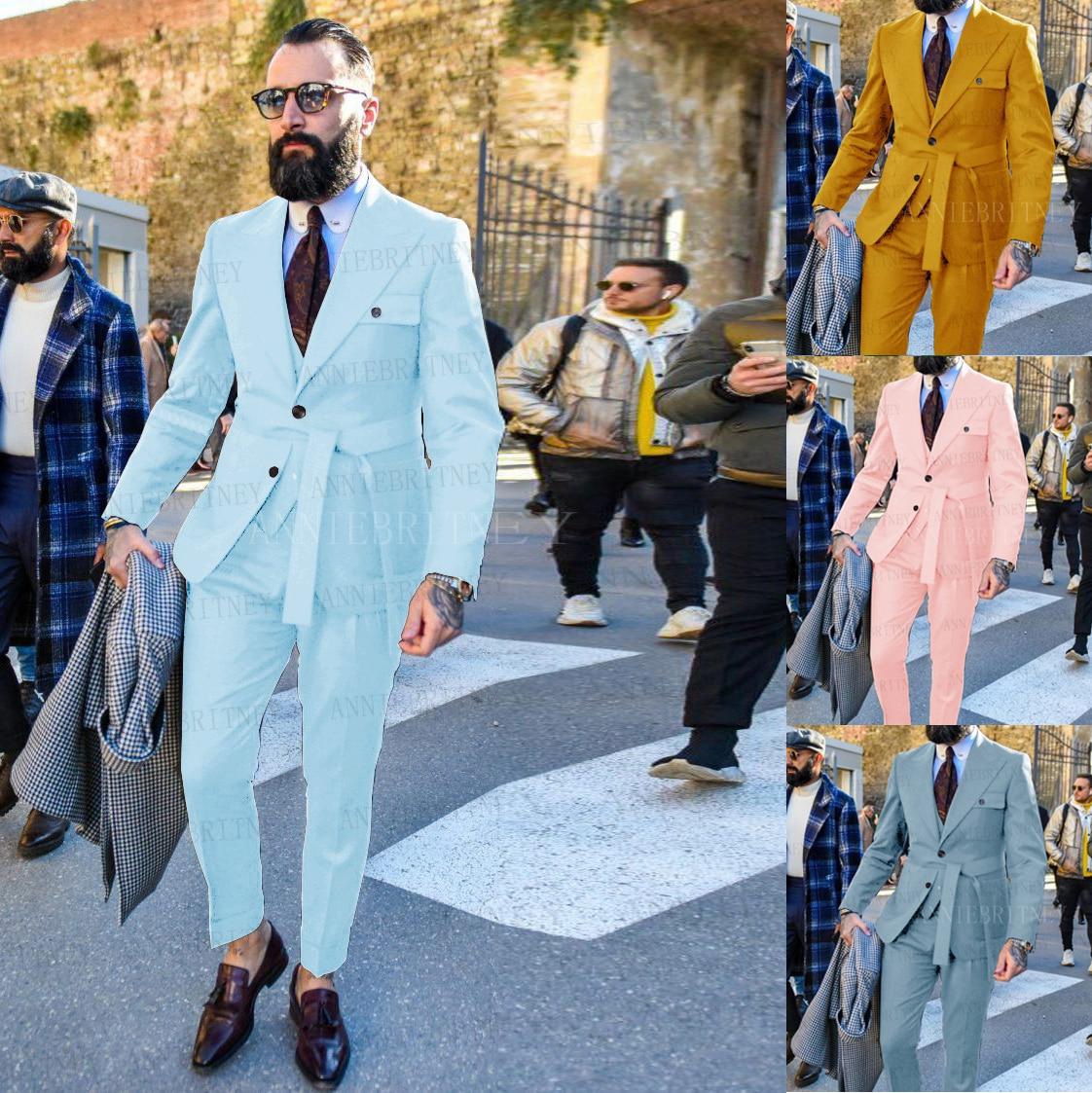 Новейший дизайн, зеленый костюм для мужчин, приталенный, модный жёлтый пояс для жениха, свадебное платье, смокинг, пиджак, жилет и брюки, набо...