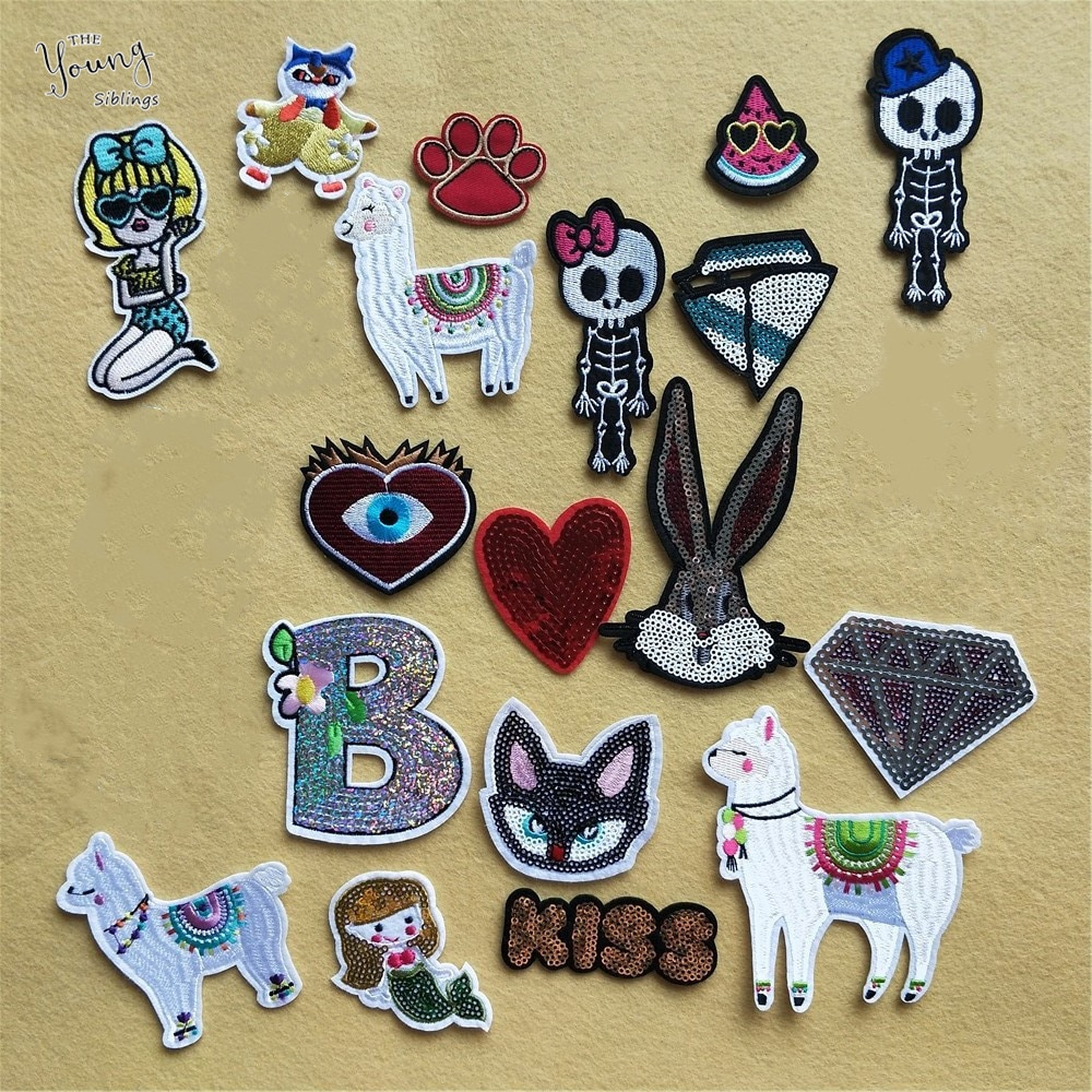 Sequins Glittering Cat Rabbit Iron On Patches For Clothing Skull Diamond On The Breach DIY Stripes Embroidery Applique Stickers