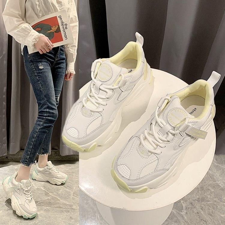 حذاء رياضي نسائي ، حذاء رياضي مسطح ، أبيض ، مسامي ، موسم الربيع