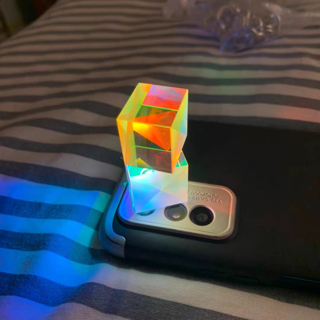 Optical Glass Flawless Chromophoric Prism Cubic Cosmic Magic Cube  Spectroscopic  with Hexahedral 18MM Light