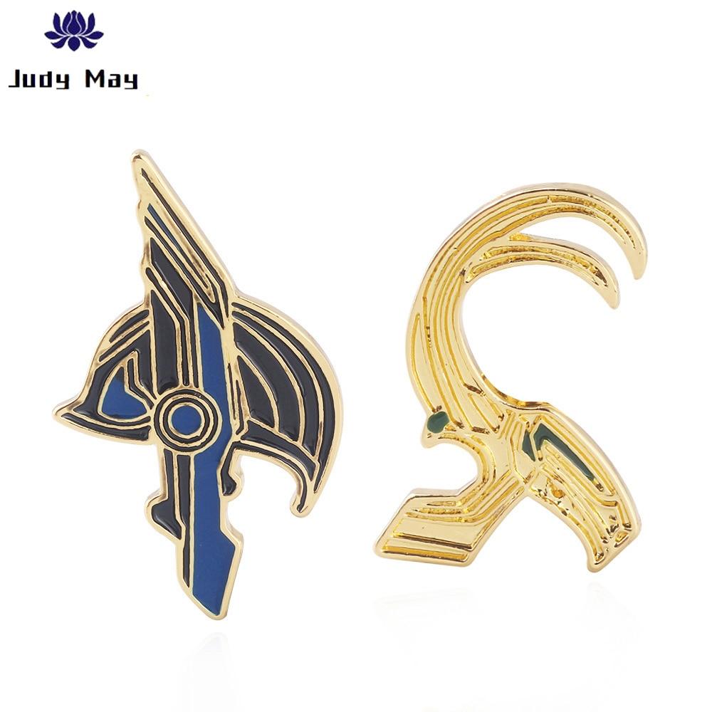 Marvel Avengers Thor Loki Hammer Pins Brooches Iron Man Ghostbusters Flash Batman Enamel Brooch for Women Men Lapel pin Jewelry