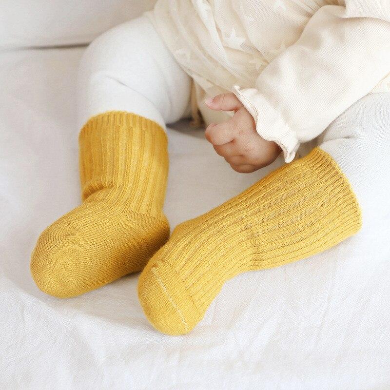 Утепленные детские носки, осенне-зимние хлопковые полосатые носки, теплые носки средней длины для малышей, сетчатые носки, дешевые вещи