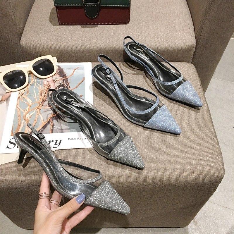 Elegantes colores mixtos zapato de tacón de verano Zapatos de tacón con hebilla de tirante clásico puntiagudos niñas bonitas sandalias huecas tacones medios