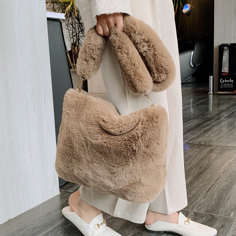 Drop Shipping Winter Handbag Designer Women's Plush Shoulder Bags Soft Fur Hobo Handbag Women Large Capacity Purse Lady Sac