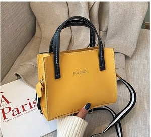 Spring and Summer Bucket Bag Western Style Fashion Wide Strap Shoulder Messenger Bag 2021 New Retro Easy Matching Small Handbags