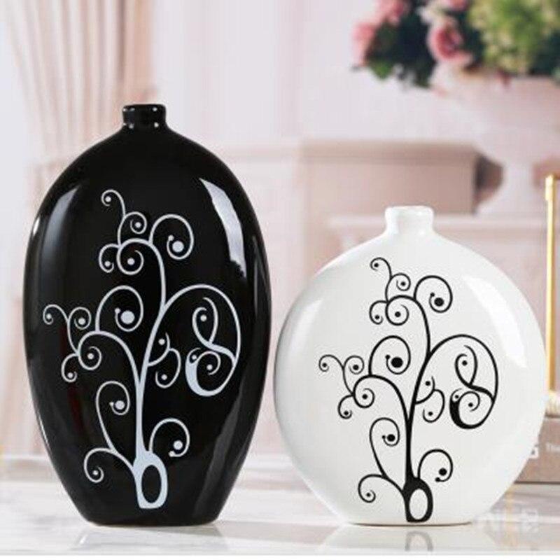 Ceramic decorations, black and white vases, creative home modern crafts, wedding decoration, flower arrangement