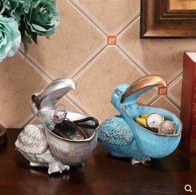 Nordic Retro Resin Toucan Sculpture Phone Key Storage Box Crafts Home Livingroom Desk Animal Decoration Office Birds Ornaments