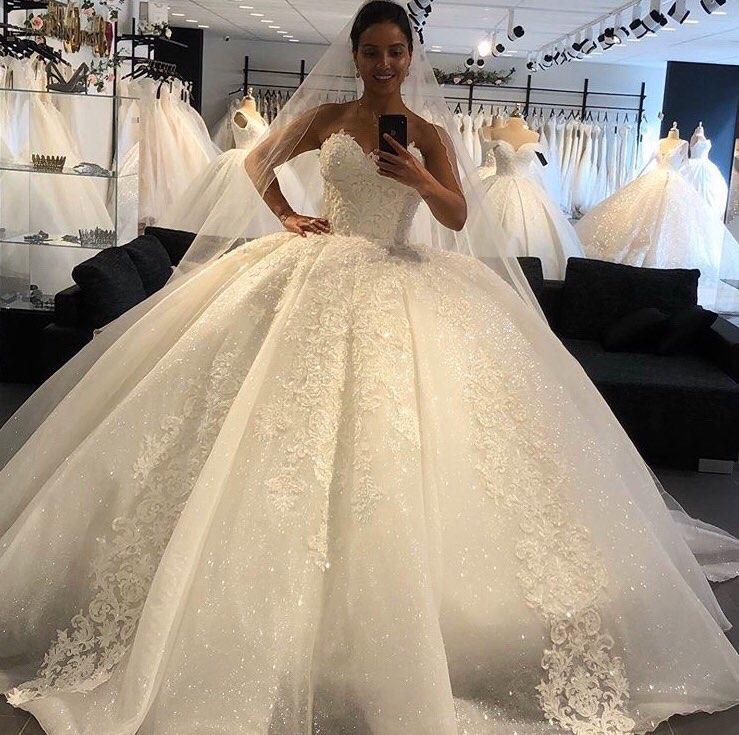 الفاخرة الحبيب أكمام فساتين الزفاف 2021 الدانتيل يزين الأميرة ثوب زفاف مخصص Vestido دي Novia
