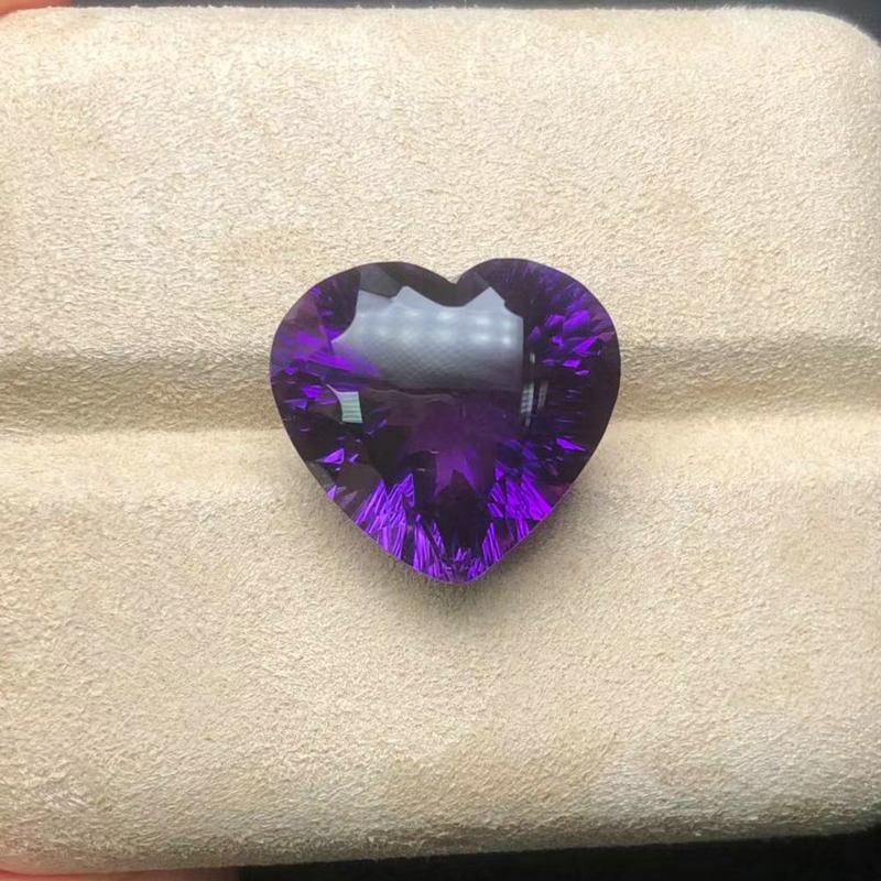 الطبيعية البرازيلي حجر الجمشت المرأة سترة سلسلة يفضل الحب على شكل cFire اللون قطع goncoast مع لون رائع