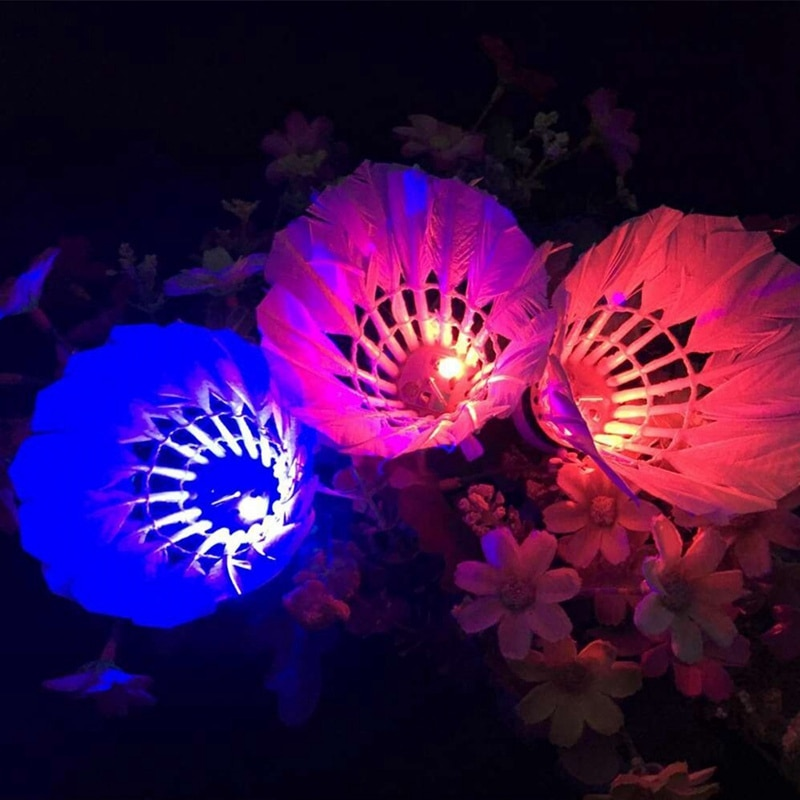 1 PCS Luminous Shuttlecock LED Dark Night Glow Goose Outdoor Sports Feather Training Badminton Ball