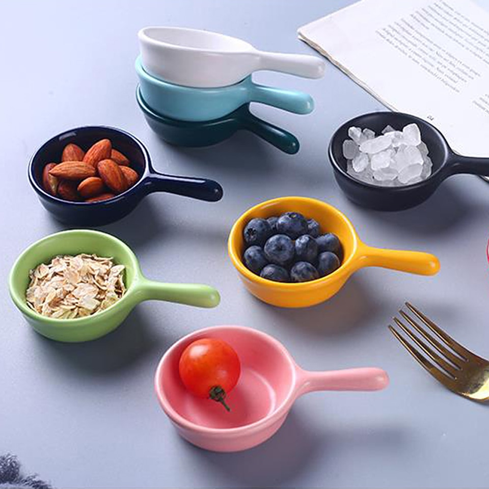 1pcCreative Soy Dipping Ceramic Vinegar Soy Sauce Dish Household Seasoning Saucer Snacks Handle Nordic Style Kitchen Handle Dish