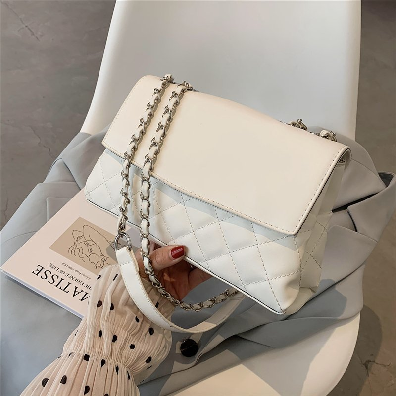 Fashionable Soft Waterproof Leather Shoulder Crossbody Bags for Women 2021 New Luxury Designer Chain