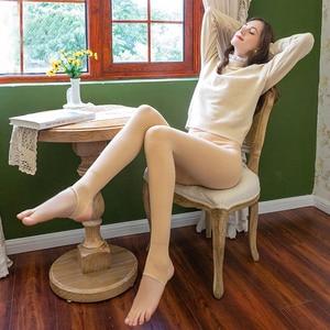 Pantyhose Autumn and Winter Light Leg Socks Artifact Female One-piece Foot Pants Plus Velvet Thickening Pantyhose Nylon Leggings