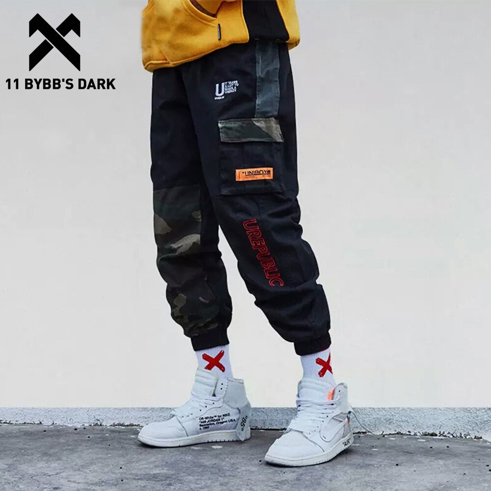 11 BYBBS camuflaje oscuro Patchwork bolsillo lateral Cargo pantalones hombres Harajuku Streetwear Harem pista corredores Hip Hop Pantalones