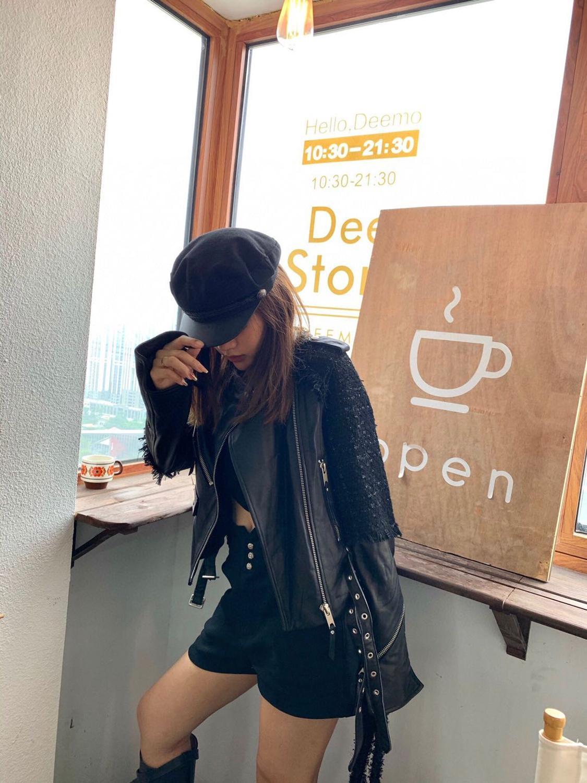 جاكيت نسائي من جلد الغنم ، جاكيت شتوي من جلد الغنم ، تصميم مدرج ، تويد ، خليط ، أسود ، ملابس الشارع ، ملابس خارجية ، مجموعة جديدة 2020