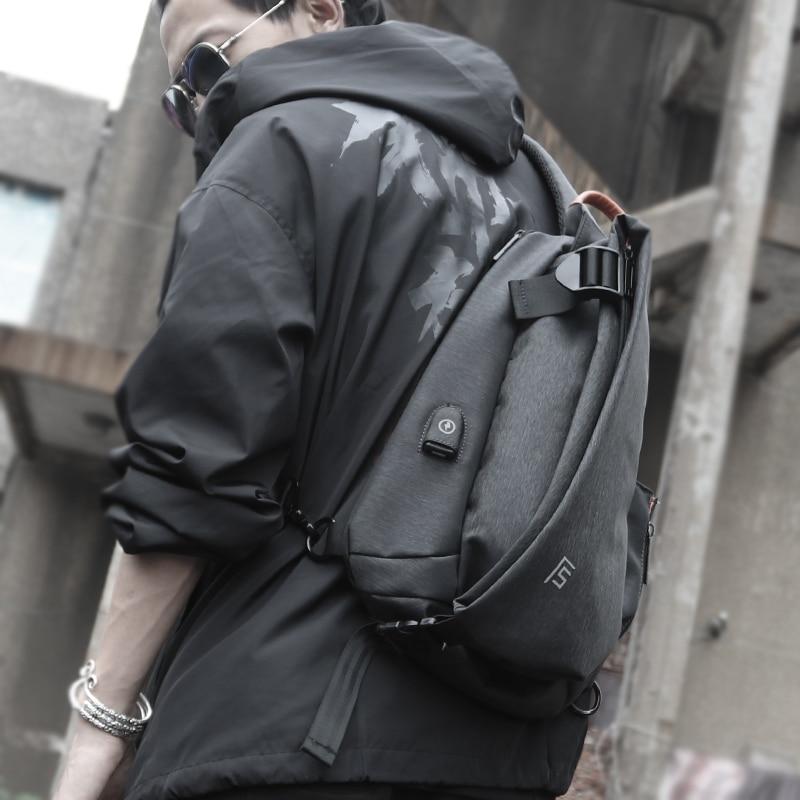 FYUZE-حقيبة صدر رجالية مقاومة للماء ، حقيبة كتف ، شحن USB ، كاجوال ، مضرب ، جيب رحلة قصيرة ، صيف