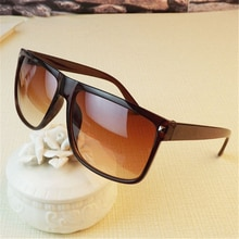 2021 New Oversized Sunglasses Women Luxury Brand Designer Big Frame Sun Glasses Men Classic Rivet Gl