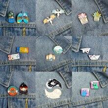 2 pièces/ensemble aventure émail broche chat dinosaure broches pour femmes sacs à dos épinglette drôle métal Badge mignon bijoux cadeau en gros
