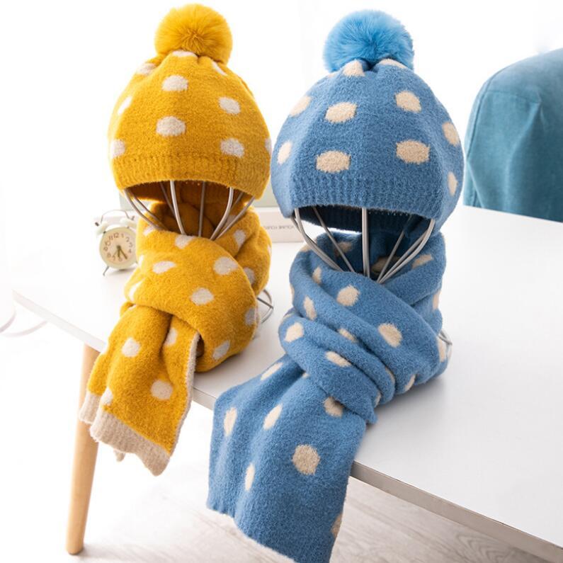 Crianças inverno malha chapéu e cachecol criança quente dot hat 2 peça conjunto 2019 bebê menino meninas orelha proteção pom pom boné com cachecóis 0-3 t