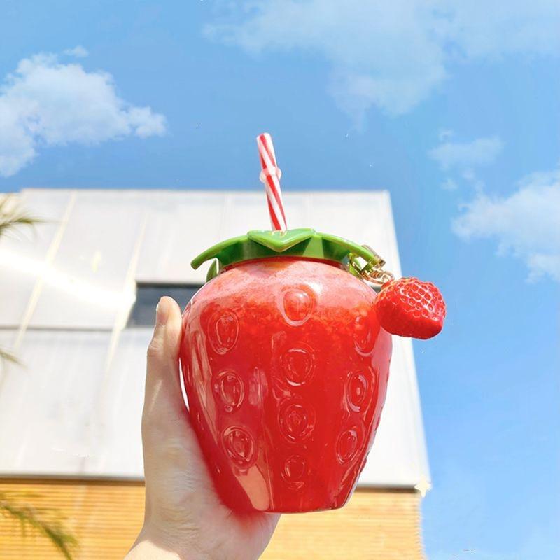 1PSummer cartoon kawaii strawberry straw cup plastic cup lovely girl milk tea coffee cup student por