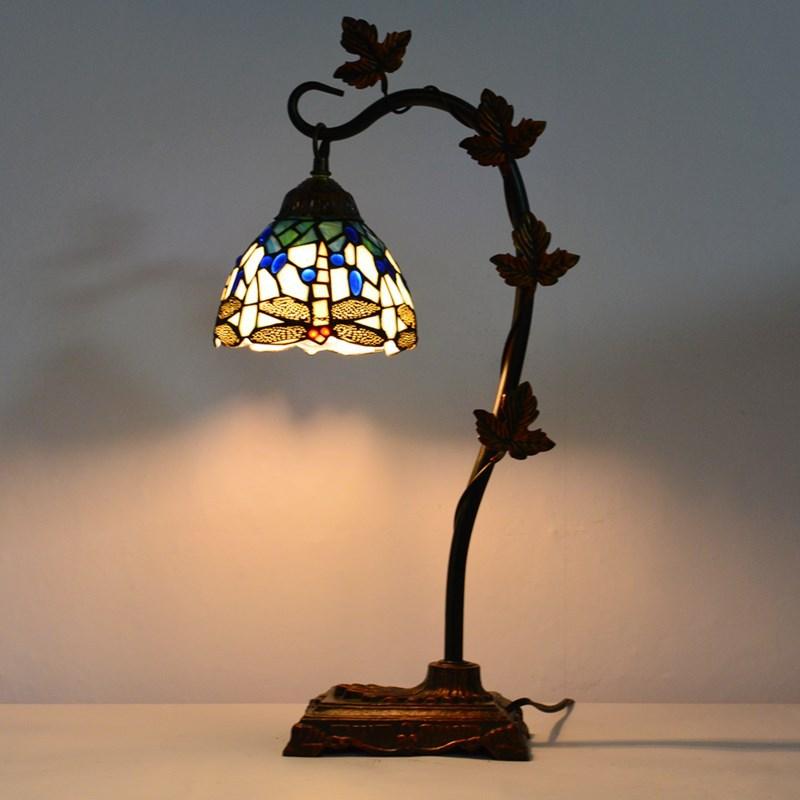 تيفاني غرفة المعيشة مطعم فندق فيلا الرجعية دراسة ضوء رسمت زجاج صغير عاكس الضوء الجدول مصباح E27