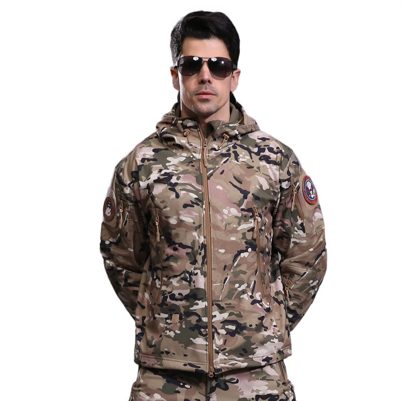 2021 Fall/winter Mens Outdoor Windproof and Waterproof Shark Skin Soft Shell Jacket, Sports Camouflage, Riding Tactical Jacket