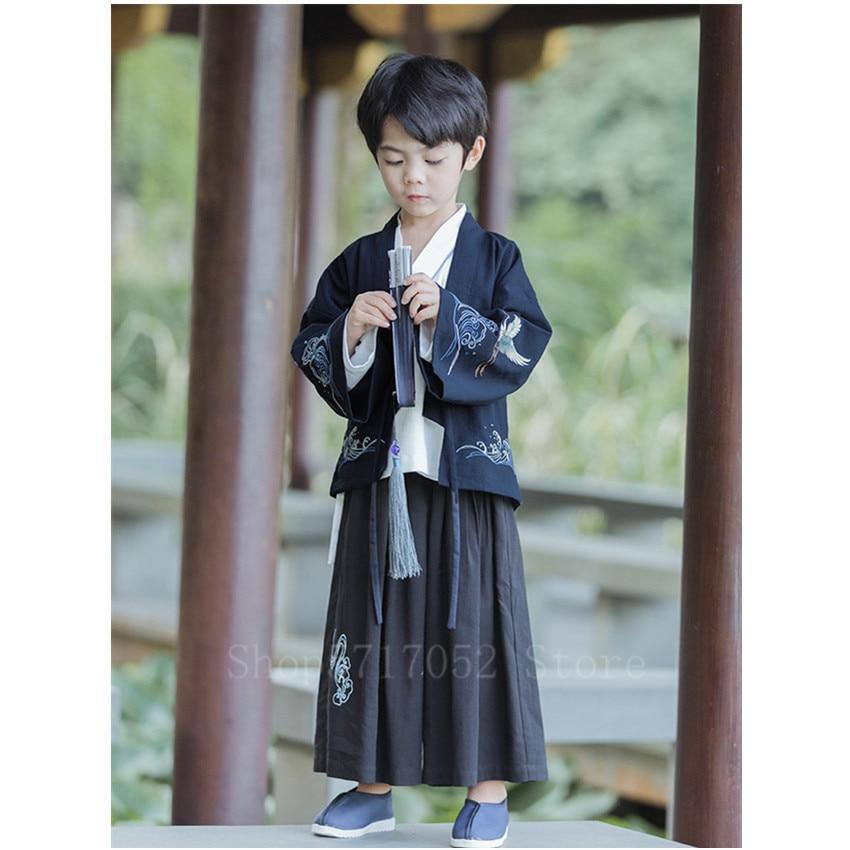 طقم ملابس كيمونو تقليدية على الطراز الياباني الآسيوي ملابس خروج رائعة مطرزة بتهوية يوكاتا أنيقة ملابس فضفاضة من Hanfu