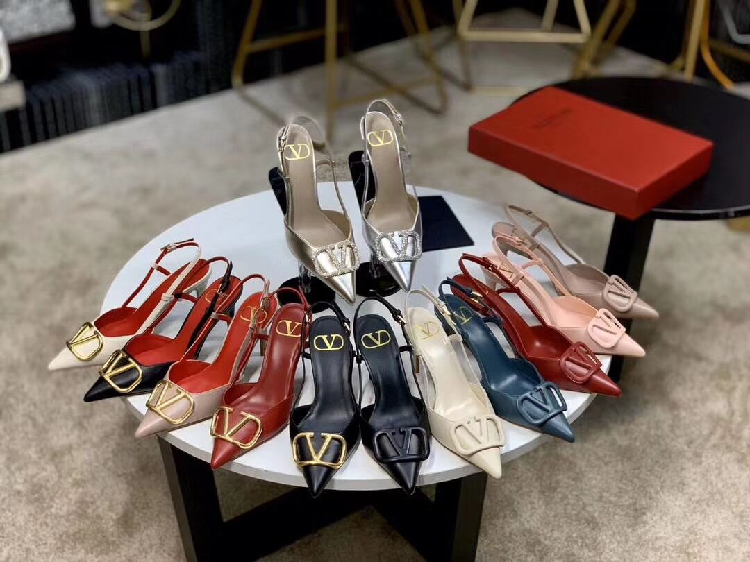 2021 New Summer Genuine Leather V Metal Buckle High-heeled Sandals Pointed Toe Stiletto Slippers Women Fashion Rivet Sandals
