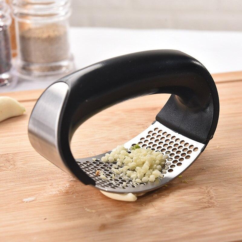 304 nuevo anillo de acero inoxidable prensa de ajo machacador de ajo hogar multifuncional Acero inoxidable prensa de ajo herramientas de cocina