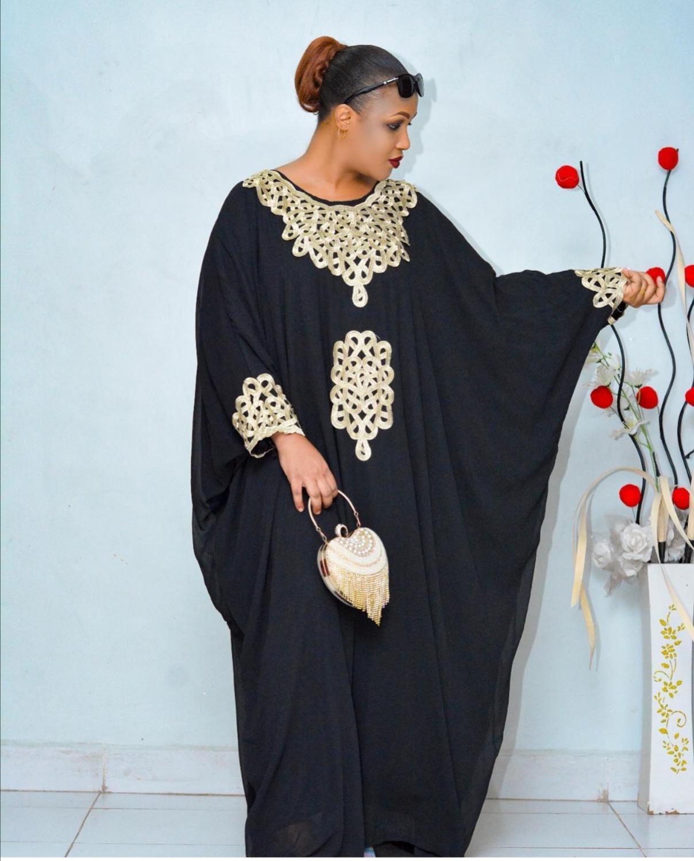 جديد نمط المرأة الأفريقية Dashiki موضة الشيفون المواد مع الداخلية سوبر فضفاض فستان طويل حجم واحد التمثال 220 سنتيمتر طول 152 سنتيمتر