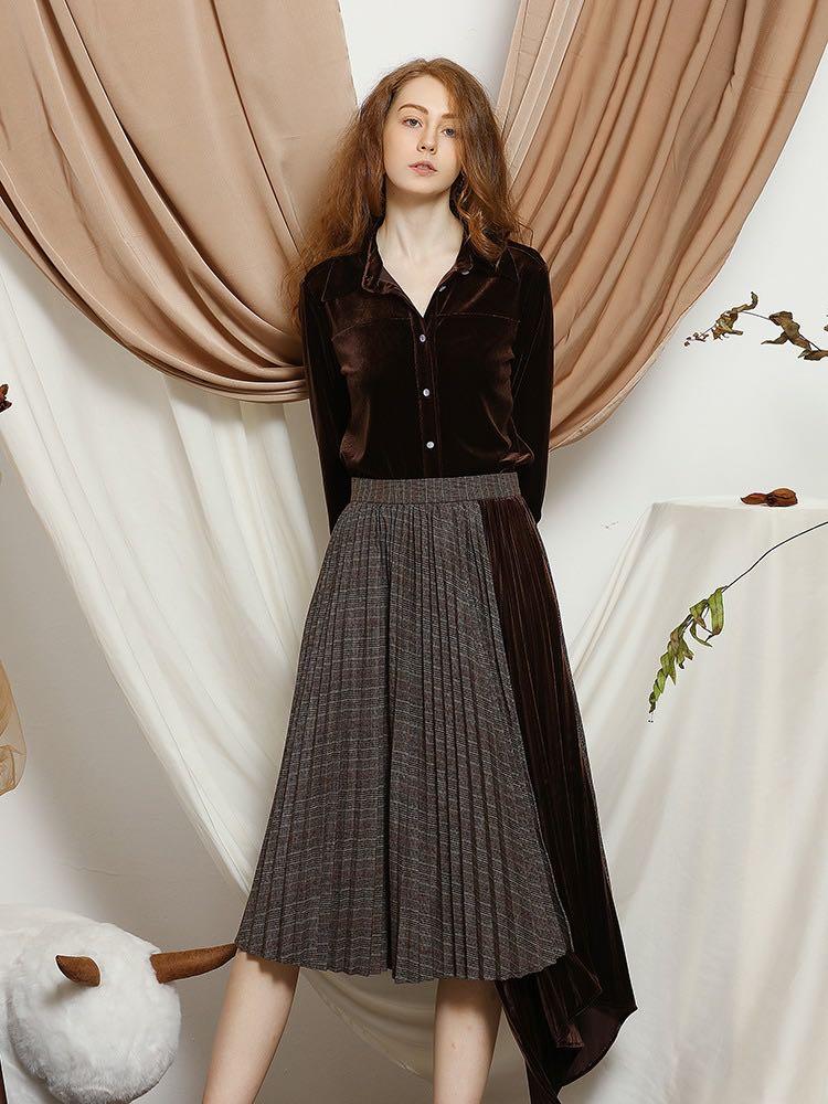 Women's Elegant Velvet Pleated Check Panel Half Skirt,Designer Brand Half Skirt for Ladies