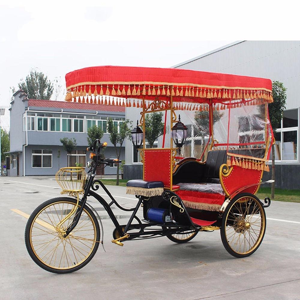 Triciclo de atracción, rickshaw con pedal eléctrico, carro de tres ruedas europeo, coche de boda ruso, coche de desfile