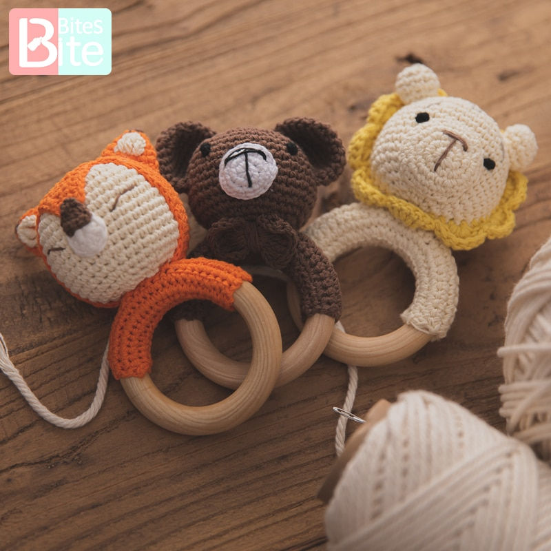 1PCS Newborn Baby Toys Wooden Teether Crochet Pattern Rattle Elephant Rattle Toy Newborn Amigurumi Teether Baby Rattles Gifts baby toys 1set crochet amigurumi elephant owl rattle bell custom newborn pacifier clip montessori toy educational baby rattle