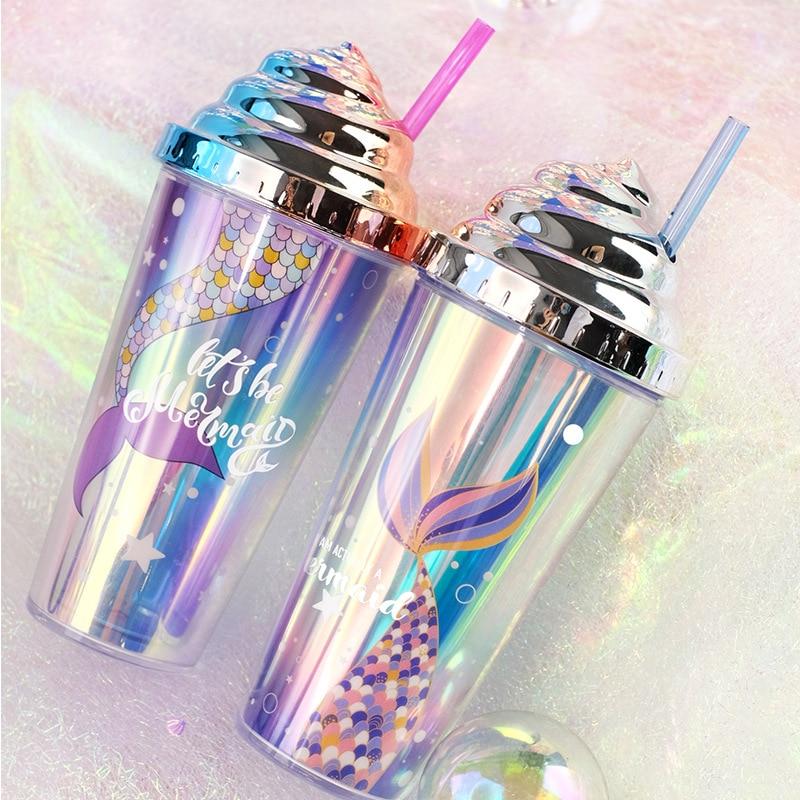 Tazas de plástico con tapa, botella de agua con pajita, taza zumo,...