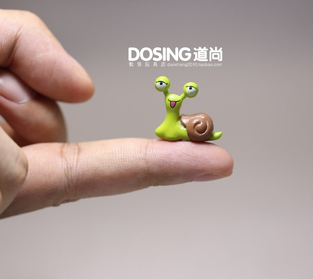 Miniature Simulation Animal Model Cute snail Collectible Figurine Cartoon snail Action Figures Toys Kids Doll Home Decor