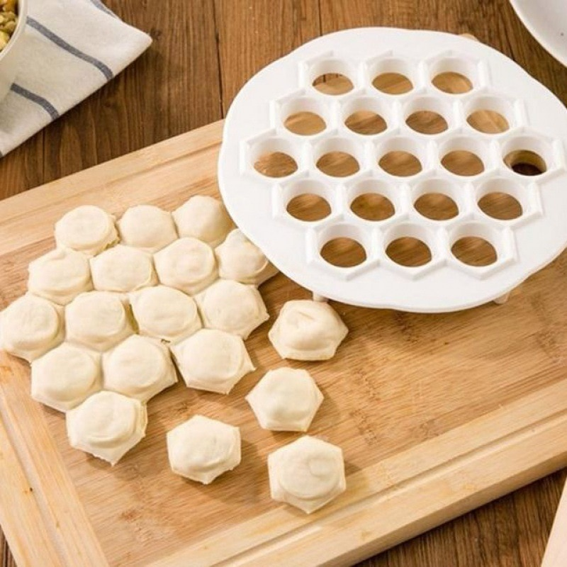 Cocina herramientas para masa Dumpling útil molde ravioles Dumpling de cocina máquina de prensa de masa 19 agujeros para hornear decoración herramienta