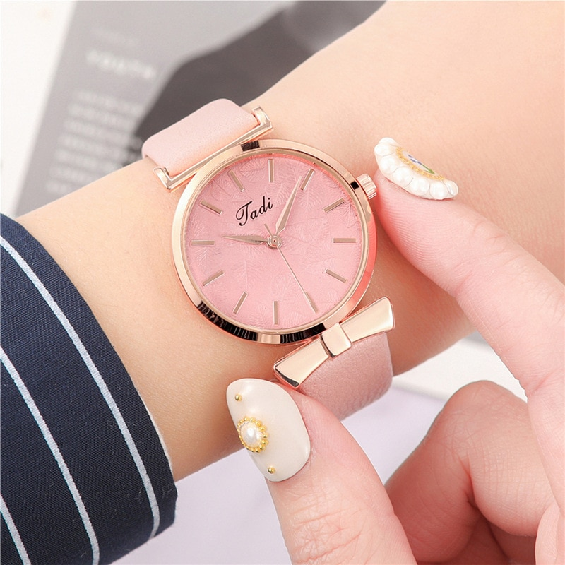 YUNAO Hot Sale 2021 New Casual Ladies Watch Leaf Pattern Embossed Creative Literal Fashion High-end Quartz Watch Women's Watch enlarge