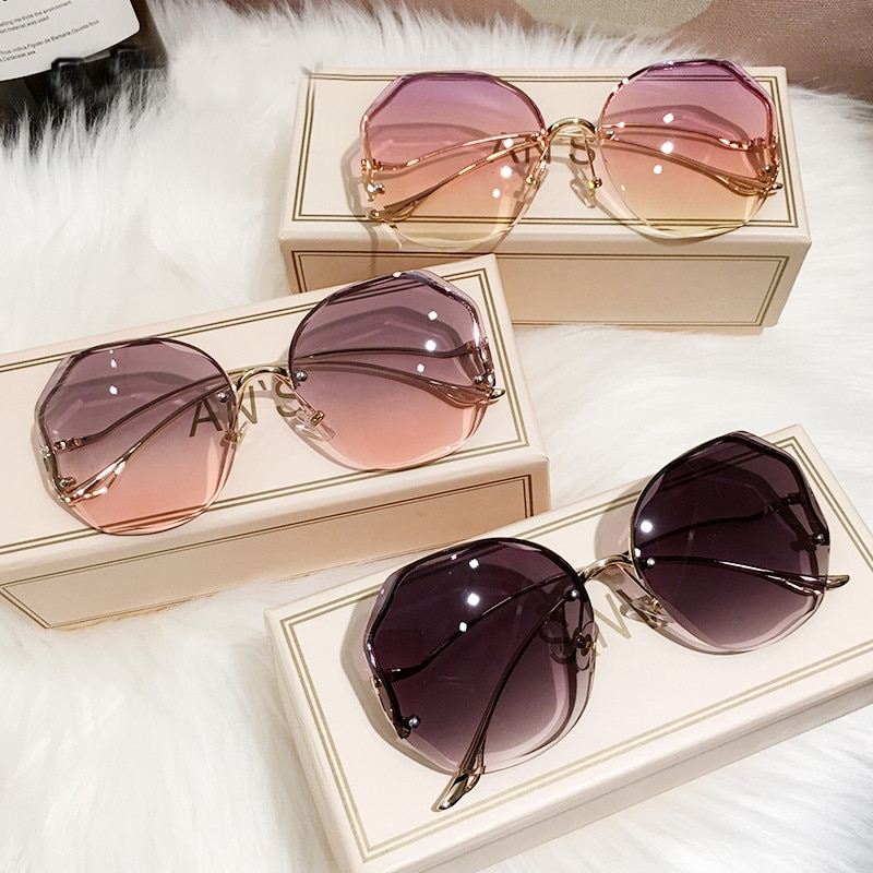 2021 Fashion Tea Gradient Sunglasses Women Ocean Water Cut Trimmed Lens Metal Curved Temples Sun Gla
