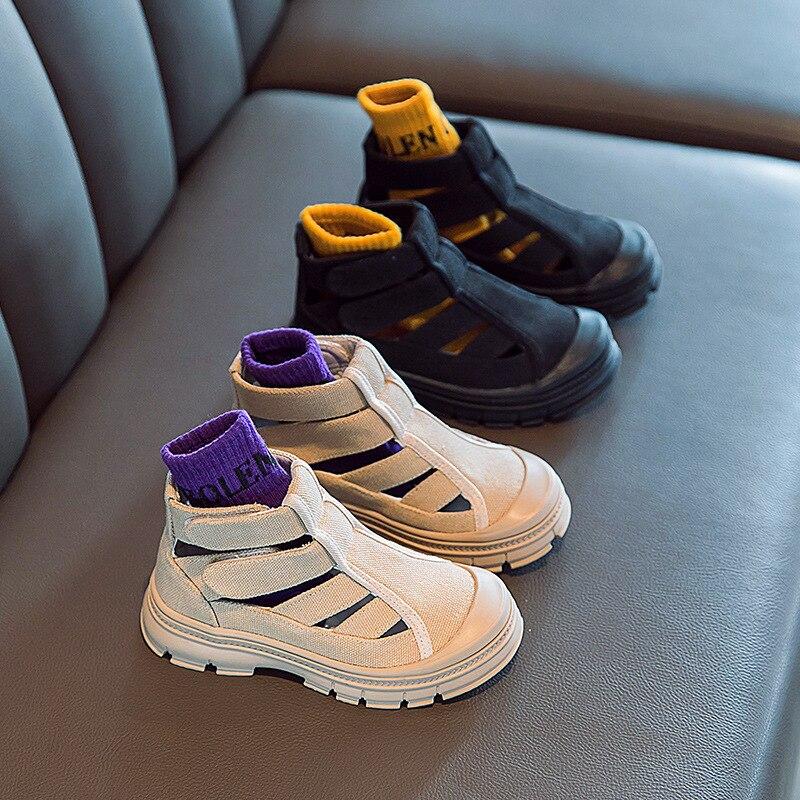 2021 الصيف صندل بتصميم روماني أحذية للأطفال الفتيات الأطفال موضة جديدة الجانب سستة الفتيات الصنادل الفتيات الصغيرات الأحذية