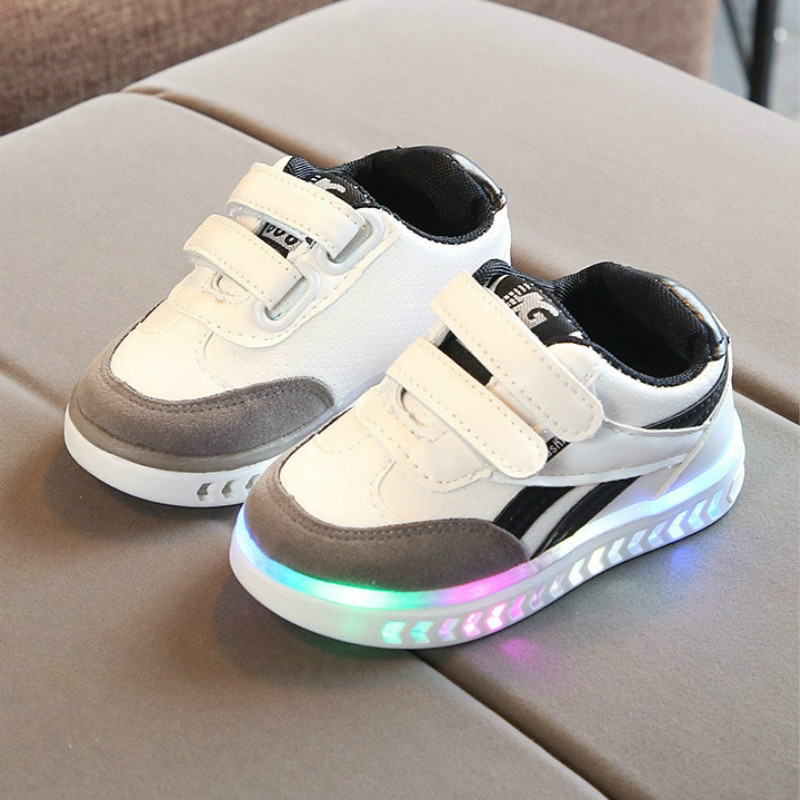 Children Shoes Luminous Sneakers for Kids Toddler Girls Shoes Led Glowing Sneakers for Boys Girls Kids Shoes Sneakers with Light