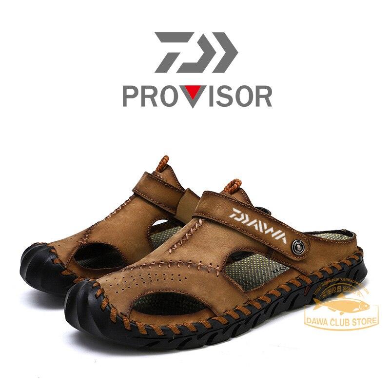 ¡Novedad del 2020! Sandalias Baotou de pesca de la marca DAIWA, zapatillas huecas antideslizantes de Montañismo para hombre, zapatillas de playa transpirables al aire libre