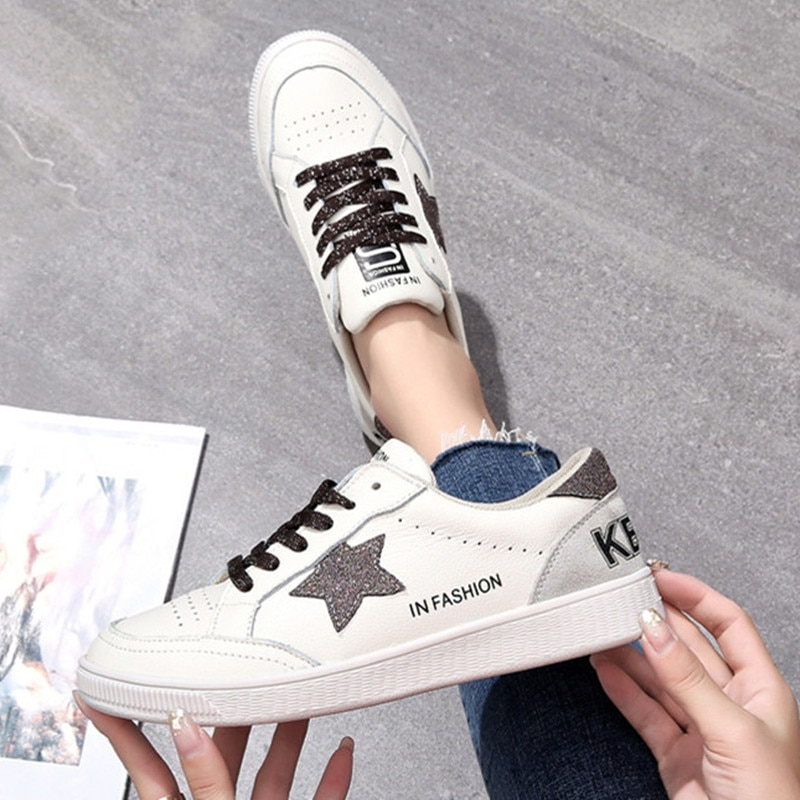 2020 النساء جلد طبيعي حذاء مسطح ضوء تنفس الأبيض أحذية رياضية النساء المتسكعون الموضة المشي الخياطة منصة حذاء كاجوال