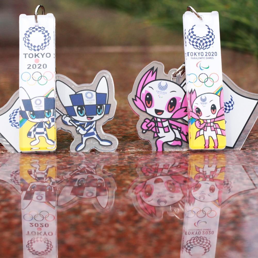 ¡Envío gratis! Llavero con colgante de emblema de los Juegos Olímpicos de Tokio, regalos de recuerdo, llaveros de dibujos animados acrílicos