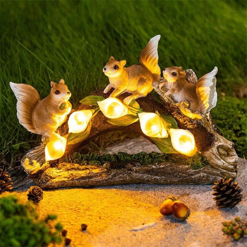 حديقة الديكور الحلي الشمسية الراتنج في الهواء الطلق مقاوم للماء السنجاب تزيين تمثال