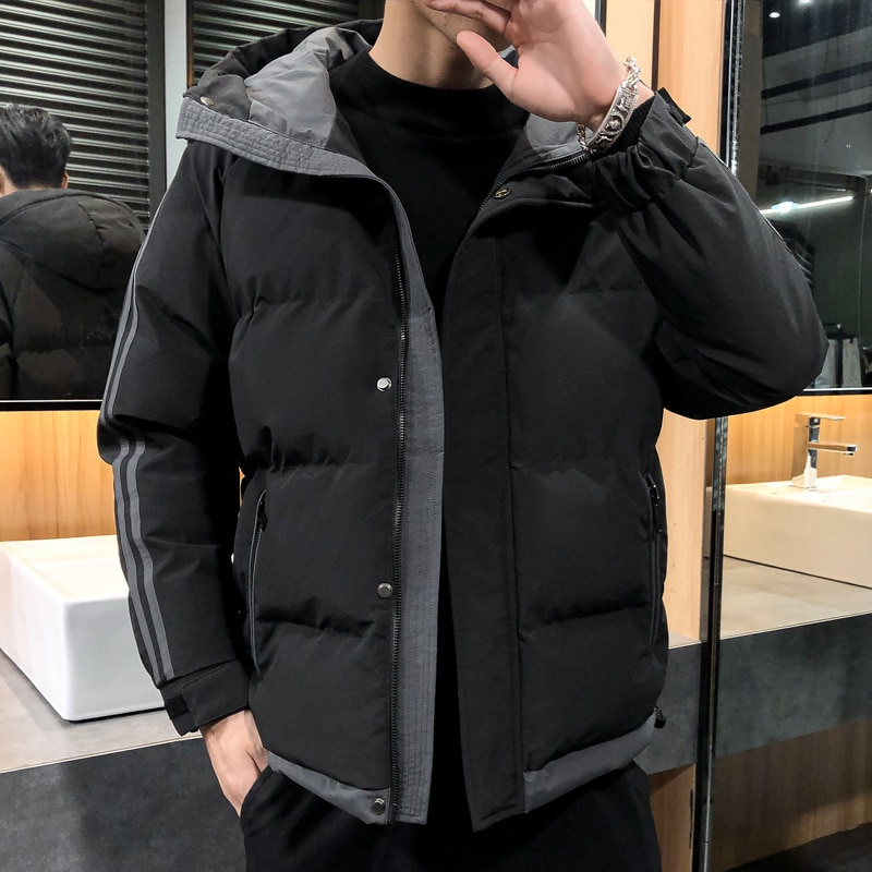 Мужская стеганая куртка контрастных цветов с капюшоном Корейская версия мужских стеганых курток зимнее пальто