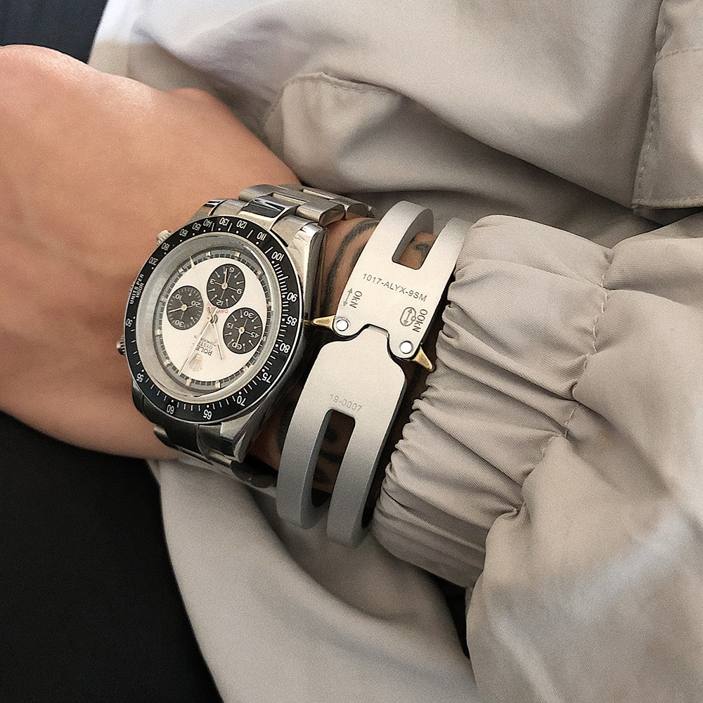 2020 New Alyx Bracelet  TTitanium alloy  1:1 High Quality Version Track Men Women  ALYX Cuff Bracelet  1017 ALYX 9SM 19-0007