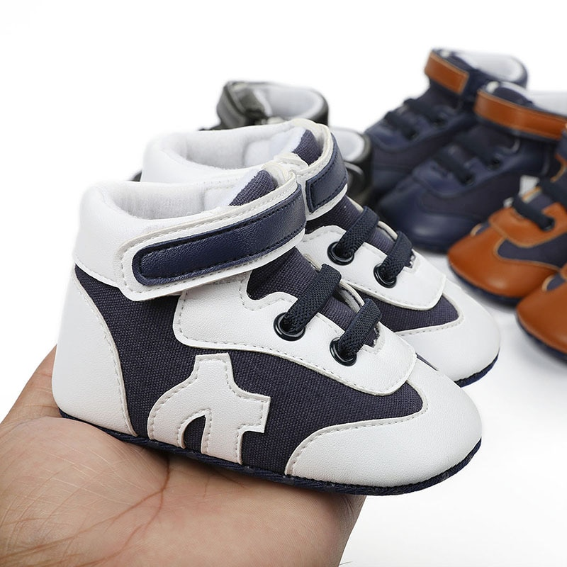 Breathable Non Slip Wear Resistant Prewalker for Newborn Pu Mesh Splicing Middle Tube Baby Walking Shoes
