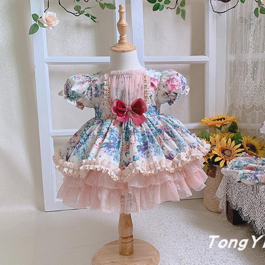 الصيف الإسبانية التركية القصر الملكي نمط الأميرة الكرة ثوب الأطفال قصيرة الأكمام الكشكشة حفلة عيد ميلاد فتاة لوليتا فستان A353